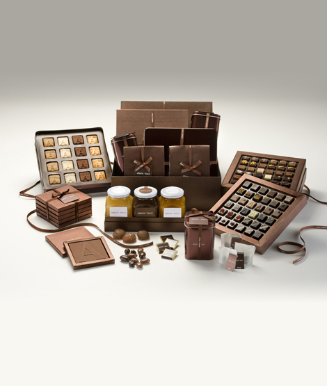 Gift box containing the complete assortment